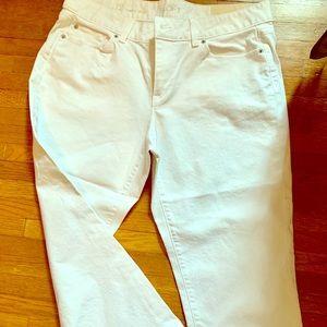NWT Ann Taylor Loft White Curvy Crop Jeans